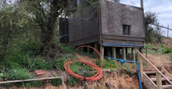 Se vende parcela con 5 casas ideal para inversion