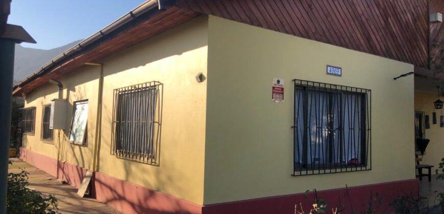 Linda casa en Plena Av Eastman, Olmué